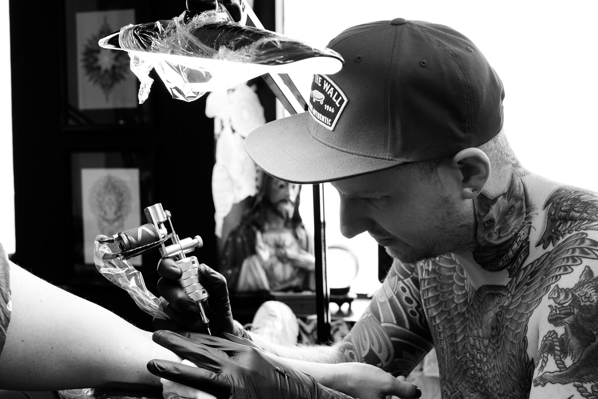 Bas van den Braak, Tattoo artist
