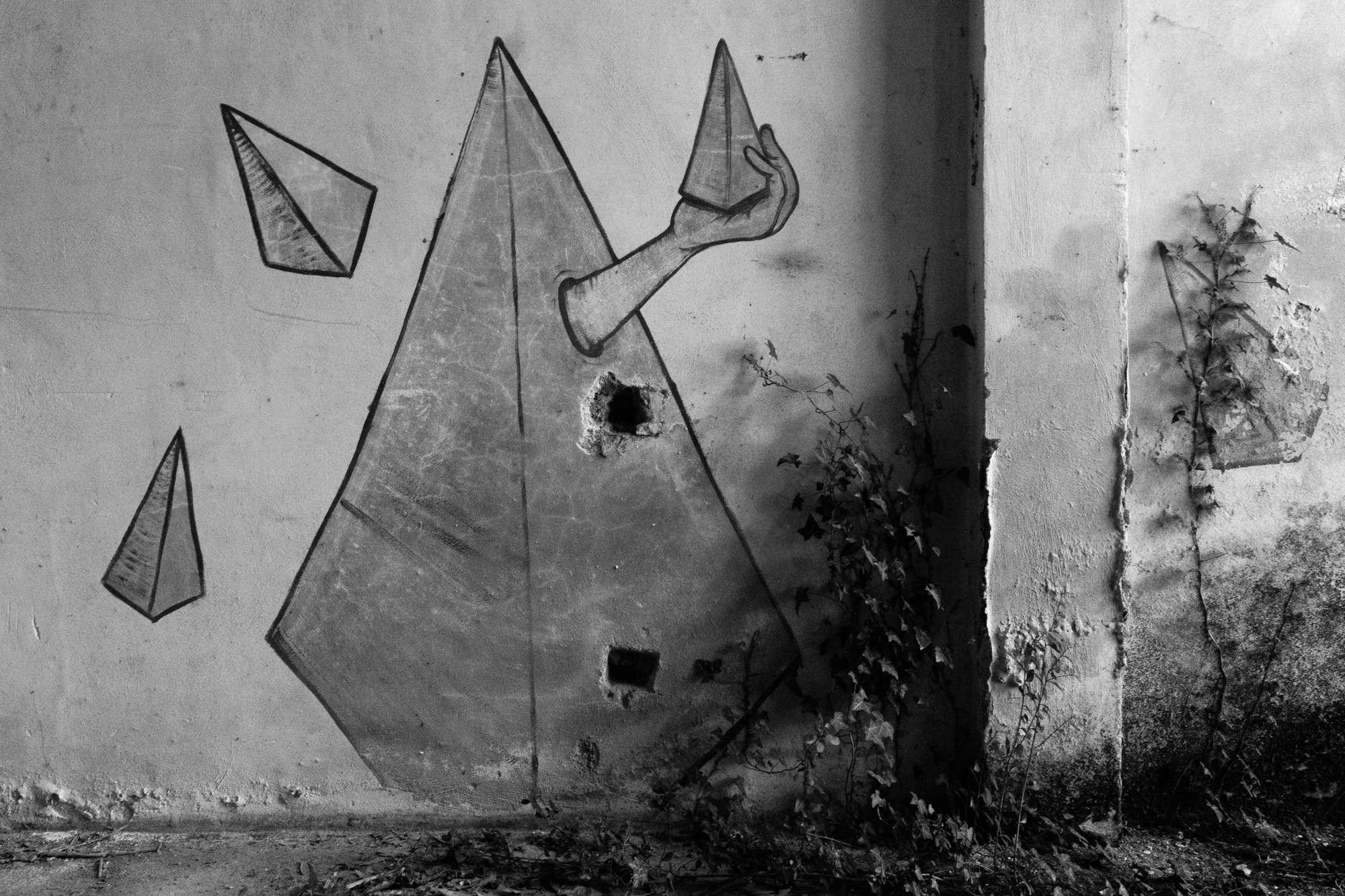 Pyramid graffiti